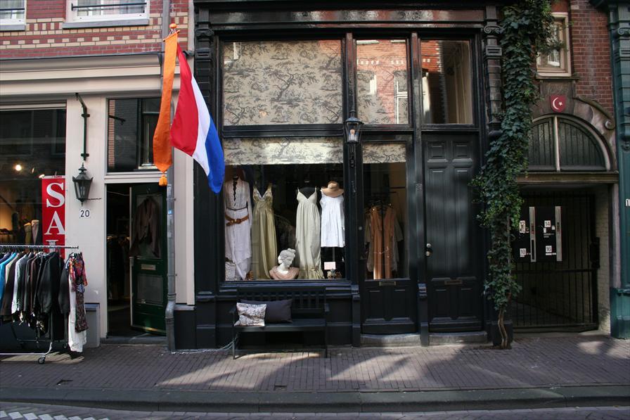 winkelen amsterdam hazenstraat 18