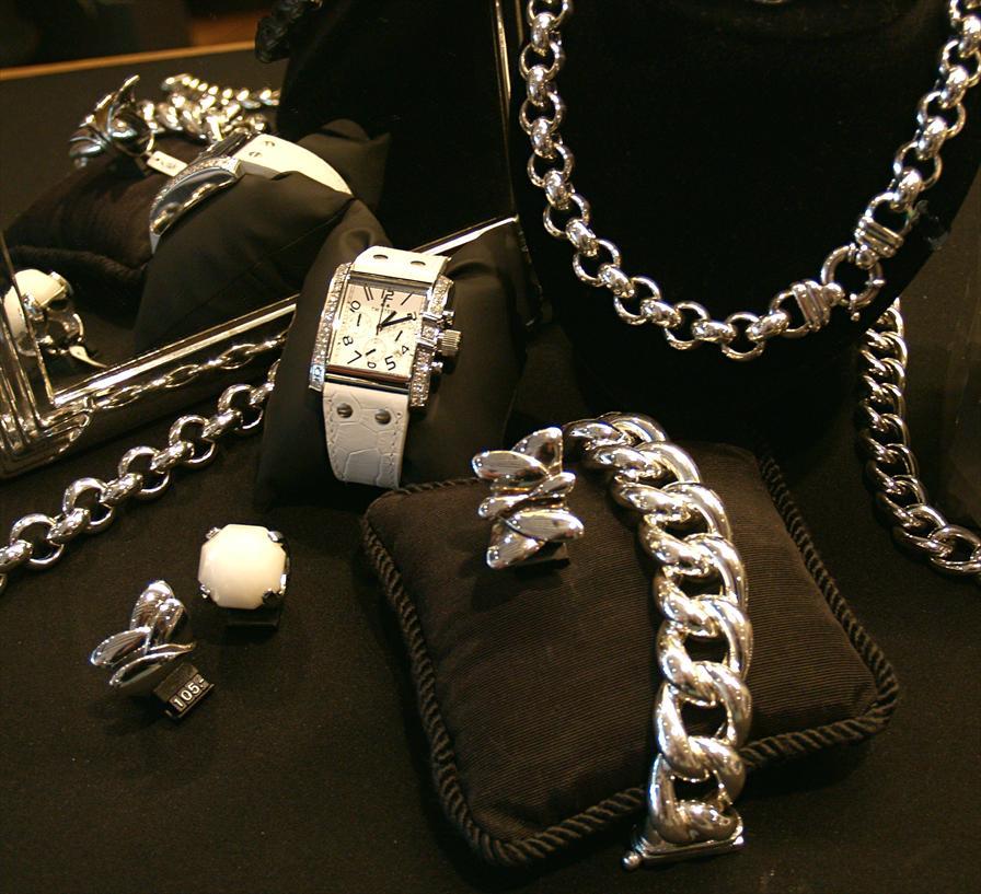 winkelen breda juwelier toe water