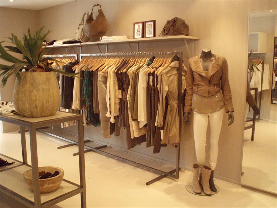 Den bosch winkels. interesting omliggende steden gezellig shoppen oa
