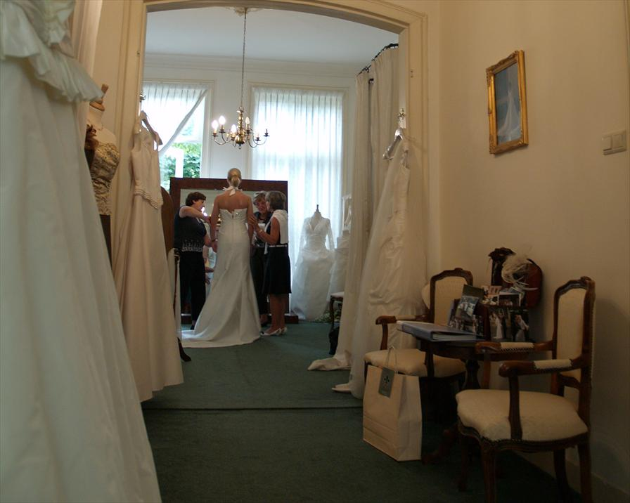 winkelen den bosch fidelite bruidsmode